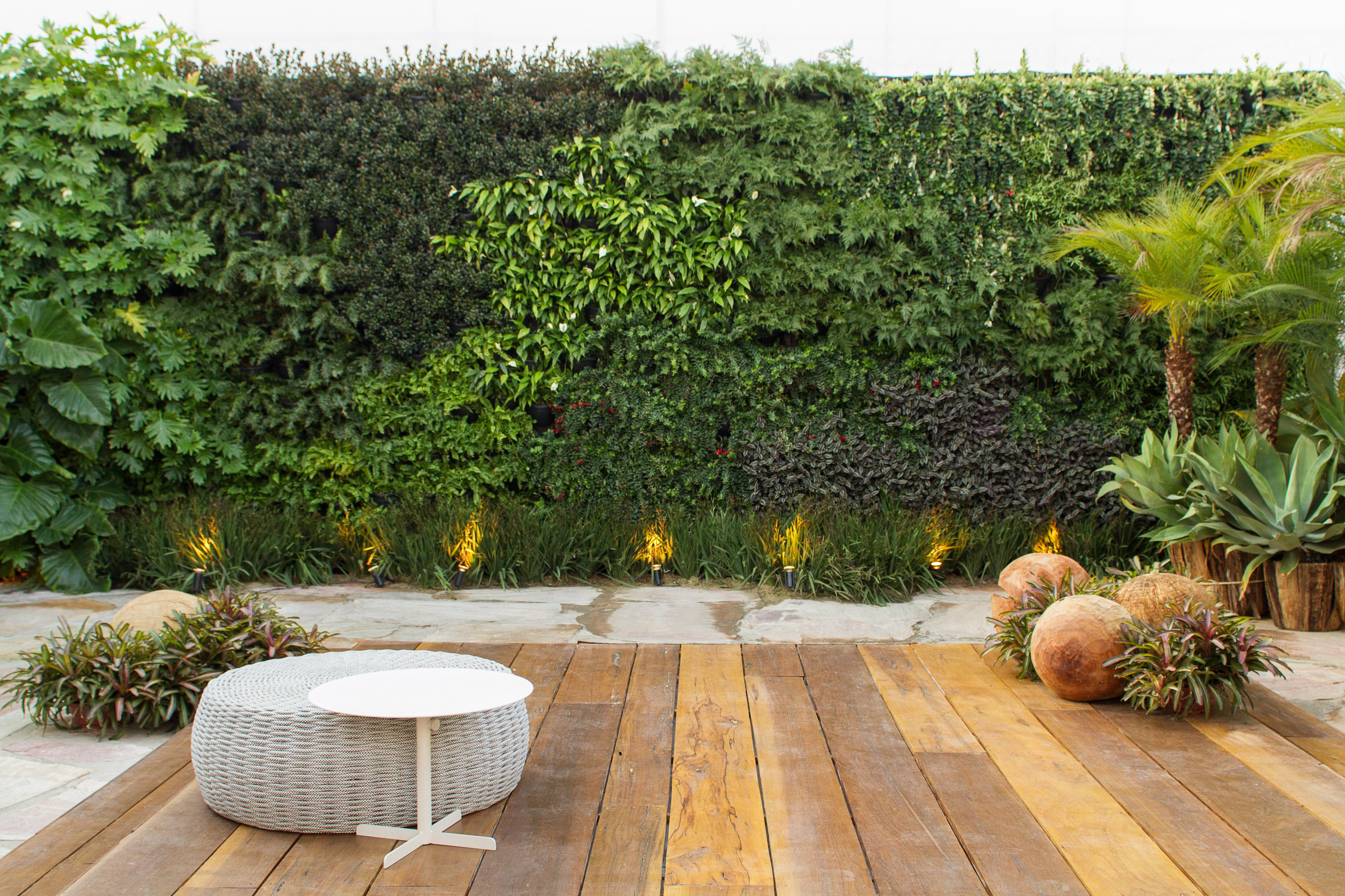 banco de jardim poesia:Nome do ambiente: Jardim Surpresas e Reflexão