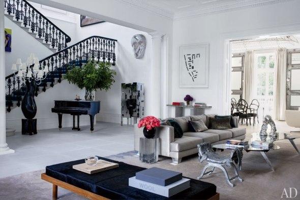 item1_rendition_slideshowWideHorizontal_francis-sultana-01-drawing-room