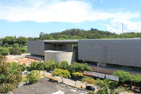 06-novo-predio-da-usp-abrigara-a-maior-biblioteca-particular-do-brasil