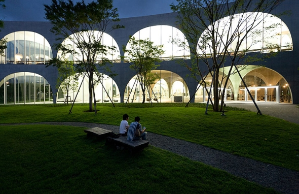 1326894945_tama_art_university_library_toyo_ito_by_iwan_baan_830845750_tama_library_0233